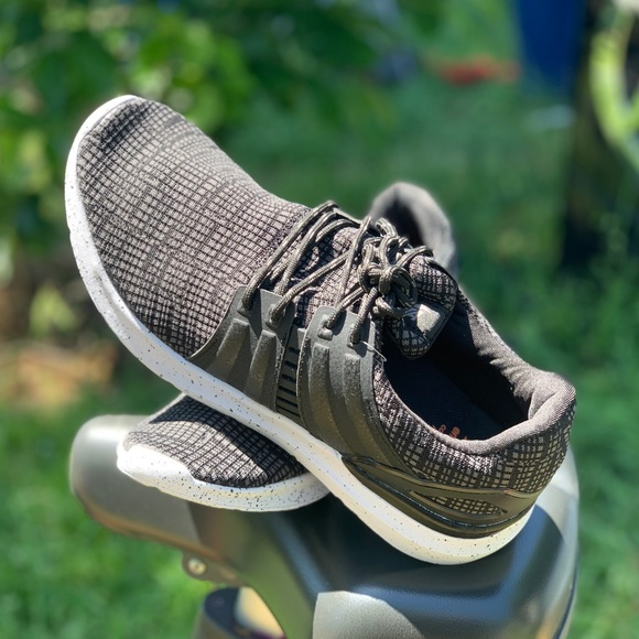 Avia Shoes | Mens Caged Knit Athletic